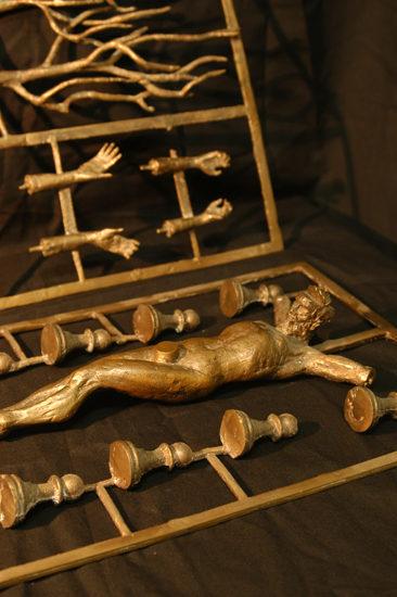 (detalle) un cristo(conjunto juego)  --  8x27x41  --  bronce  --  1998