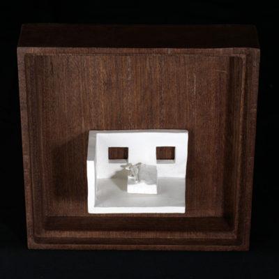 Dd  --  7x4x4cm  --  caja 16x16x7cm  --  ceraaamica y madera