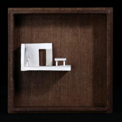 Ff  --  7x4x4cm  --  caja 16x16x7cm  --  ceraaamica y madera