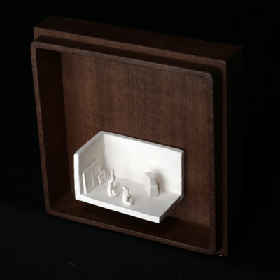 Gg  --  7x4x4cm  --  caja 16x16x7cm  --  ceraaamica y madera