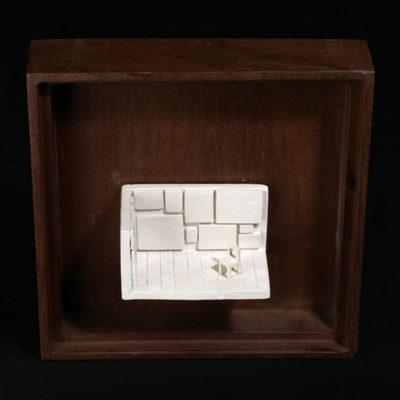 Mm  --  14x4x4cm  --  caja 20x16x7cm  --  ceraaamica y madera