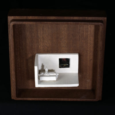 Pp  --  14x4x4cm  --  caja 20x16x7cm  --  ceraaamica y madera