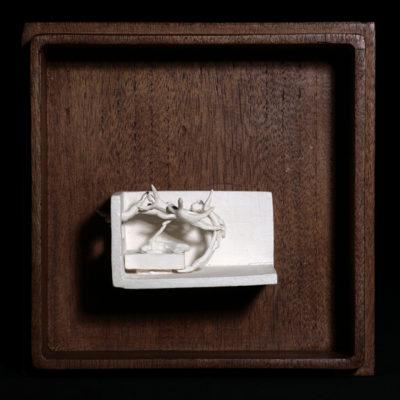 Ss  --  14x4x4cm  --  caja 20x16x7cm  --  ceraaamica y madera