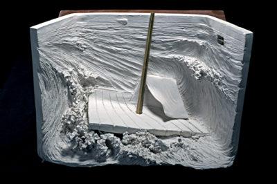 autorretrato de artista  --  36x27x15  --  ceraaamica ,madera, oooleo