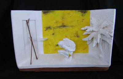 saga y fuga del hombre de la pinnna  --  39x25x16  --  ceraaamica ,madera, oooleo