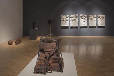 La caja negra -- Bronce -- 120 x 70 x 60 cm -- 2014